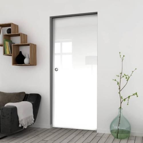 Galakor-Drzwi-Chowane-w-ściane-w-kasecie-szklane-czerwone-geo-pasy-różne-wzory-rozwiązanie-do-małej-przestrzeni (1)-min
